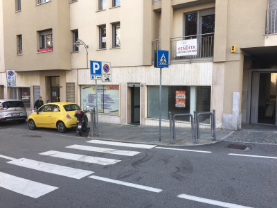 Vai alla scheda: Locale Commerciale Affitto/Vendita Aosta
