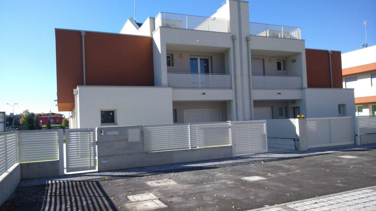 Villa in vendita a Spinea, 6 locali, Trattative riservate | Cambio Casa.it