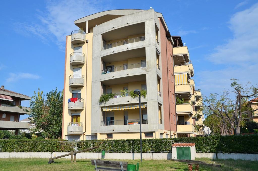 Attico / Mansarda in vendita a Montesilvano, 5 locali, zona Località: mare, prezzo € 338.000 | Cambio Casa.it