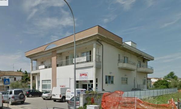 Appartamento in vendita a Città Sant'Angelo, 2 locali, zona Zona: Marina, prezzo € 115.000 | CambioCasa.it