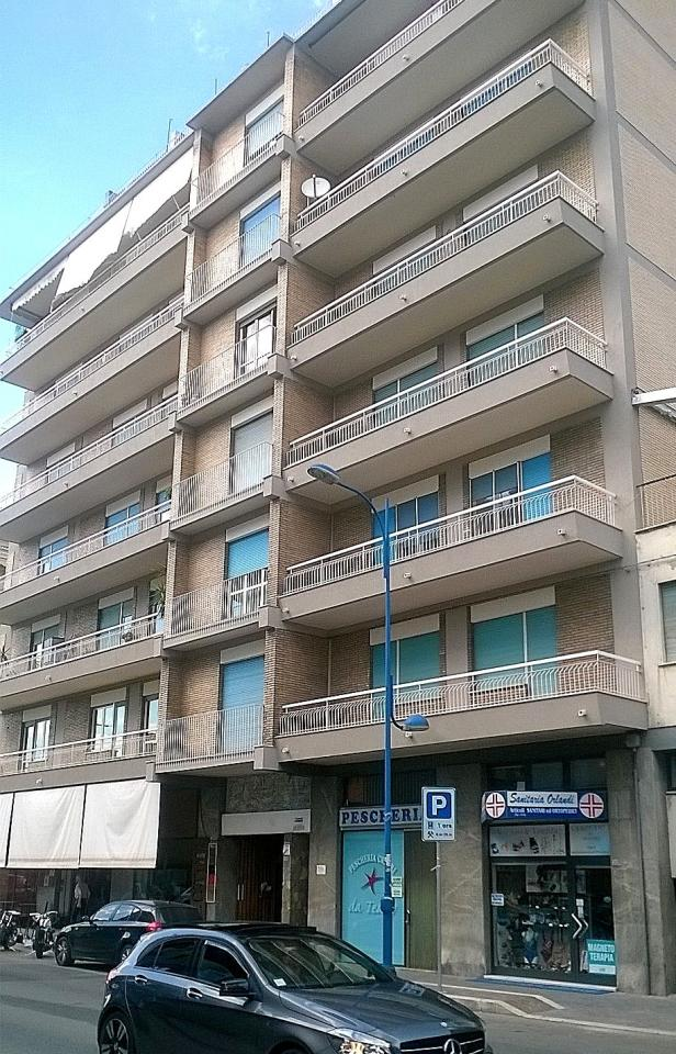 Appartamento in vendita a Montesilvano, 5 locali, prezzo € 118.000 | Cambio Casa.it