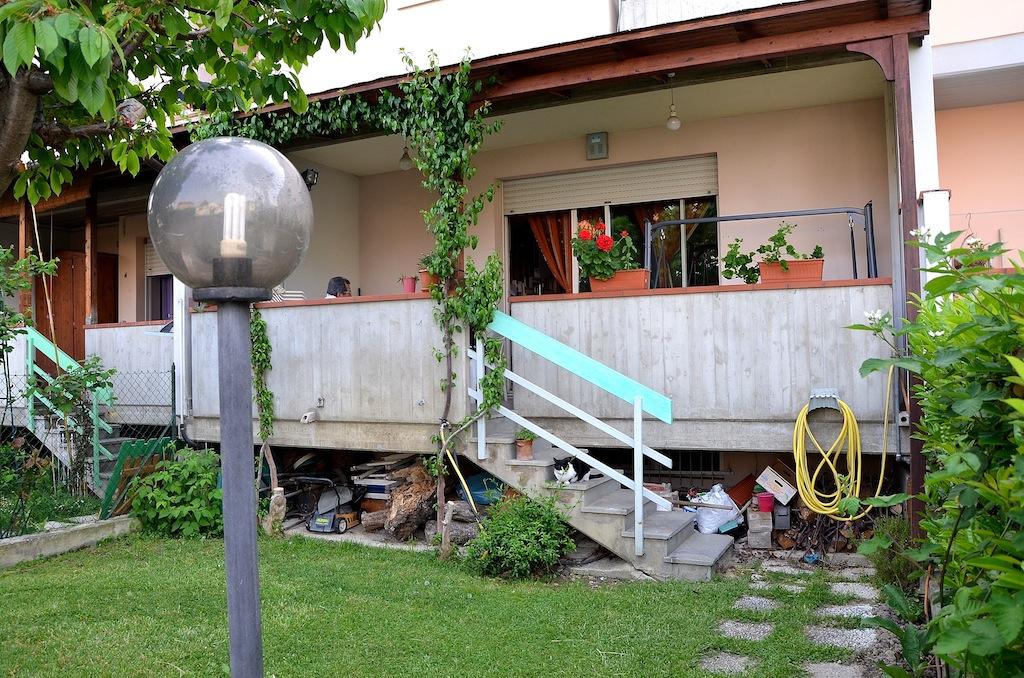 Villa a Schiera in vendita a Montesilvano, 8 locali, zona Località: centro, prezzo € 276.000 | Cambio Casa.it