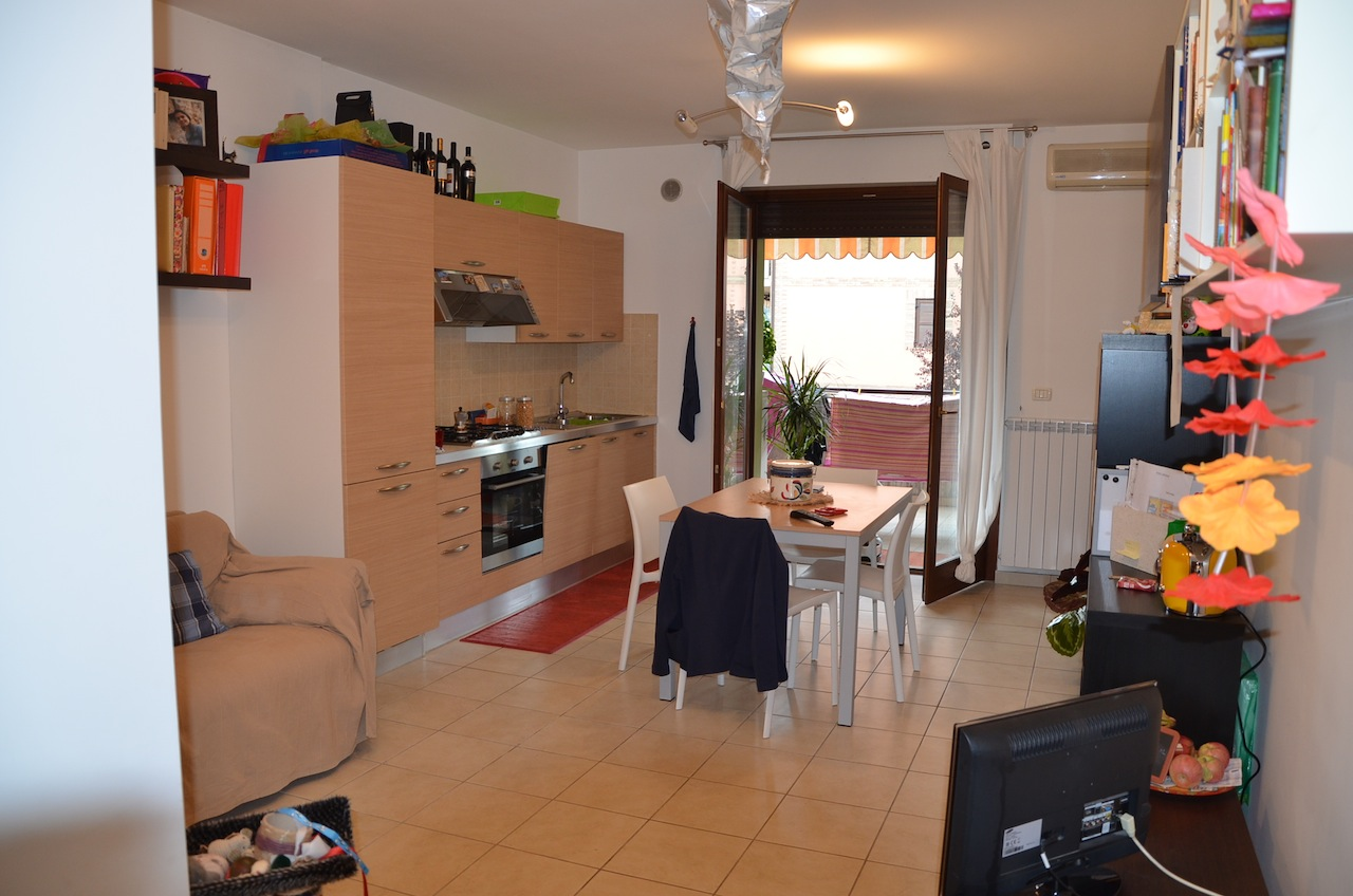 Appartamento in vendita a Città Sant'Angelo, 2 locali, zona Zona: Marina, prezzo € 90.000 | Cambio Casa.it