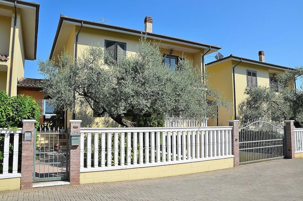 Villa a Schiera in Vendita a Collecorvino