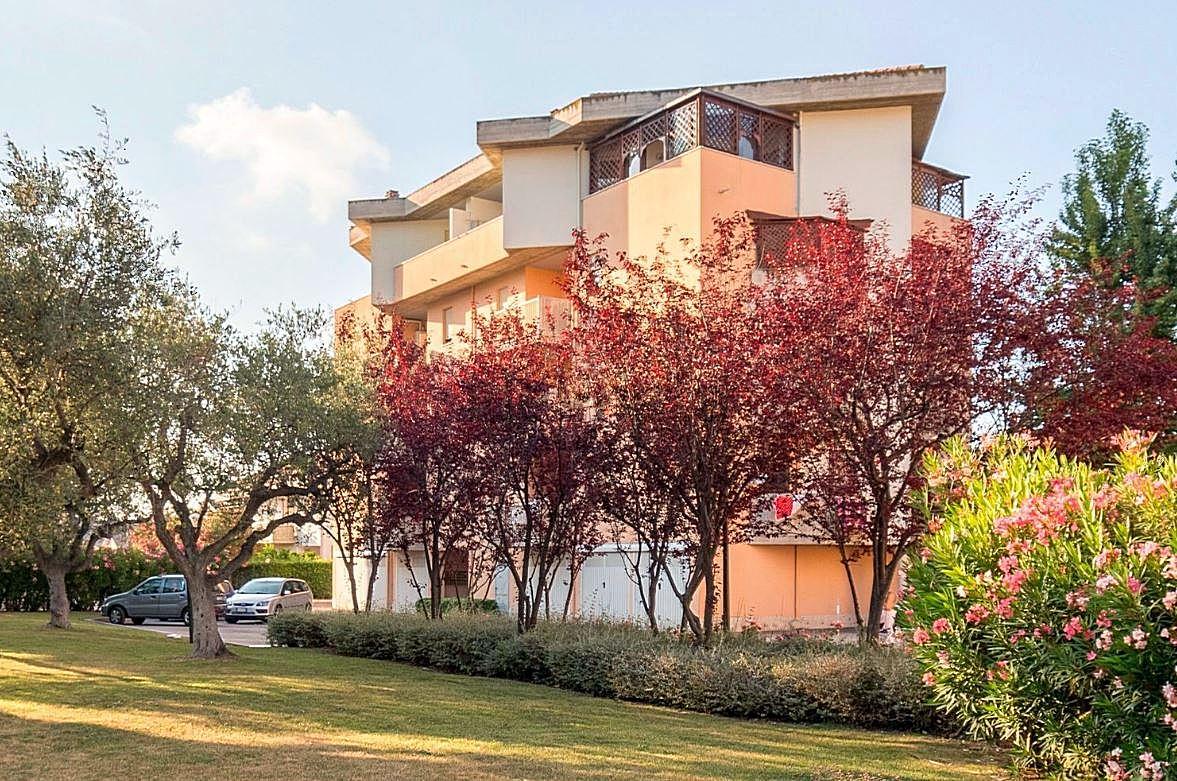 Attico / Mansarda in vendita a Montesilvano, 5 locali, zona Località: centro, prezzo € 174.000 | CambioCasa.it