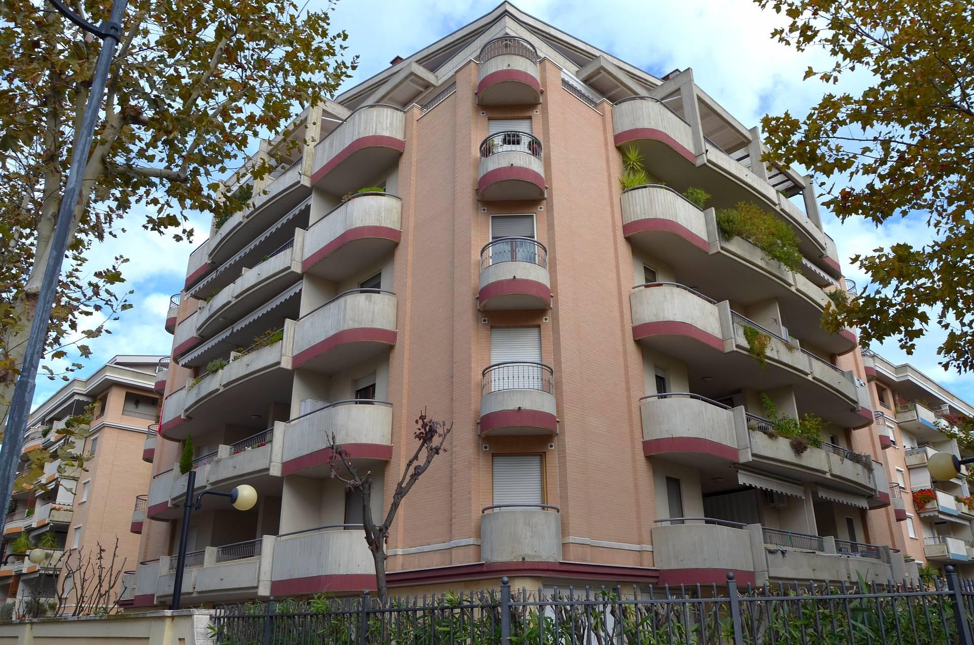 Appartamento in vendita a Montesilvano, 4 locali, zona Località: mare, prezzo € 259.000 | CambioCasa.it