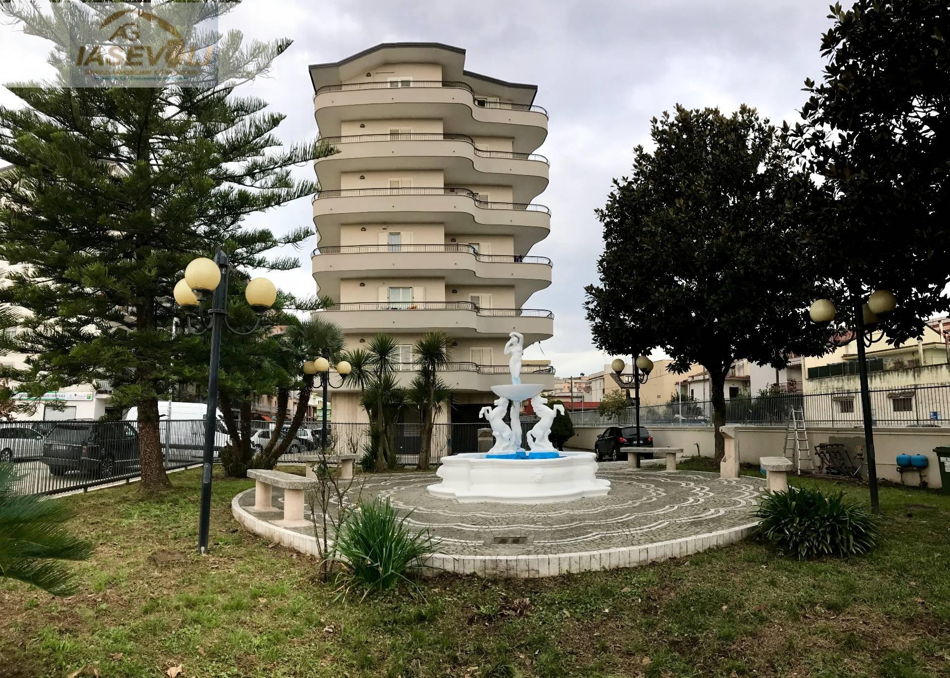 Negozio / Locale in affitto a Casalnuovo di Napoli, 9999 locali, prezzo € 655 | CambioCasa.it