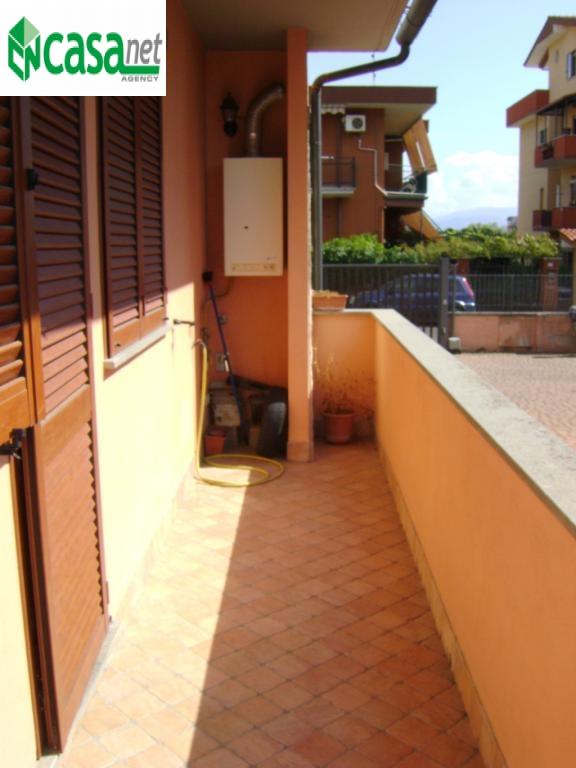 Bilocale Guidonia Montecelio Via Ugo Foscolo 8
