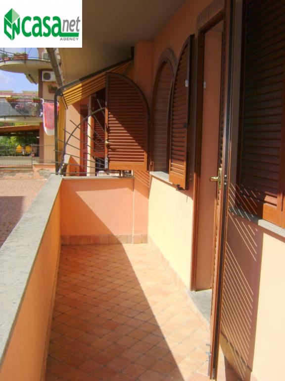 Bilocale Guidonia Montecelio Via Ugo Foscolo 9