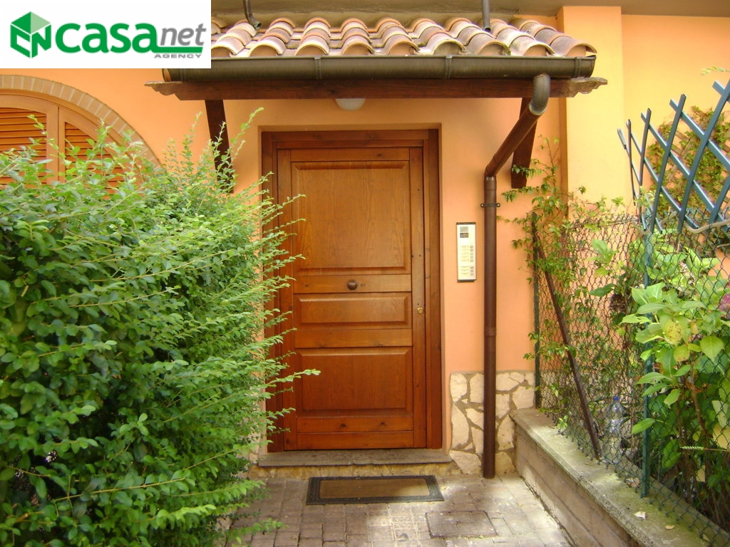 Bilocale Guidonia Montecelio Via Ugo Foscolo 2