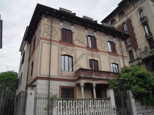 Appartamento in Vendita a Milano via eupili