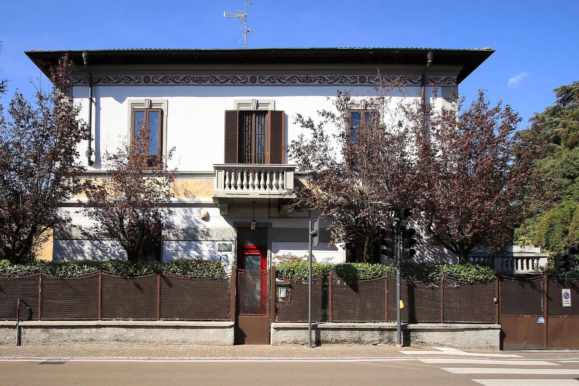 Villa in Vendita a Cernusco Sul Naviglio: 5 locali, 294 mq