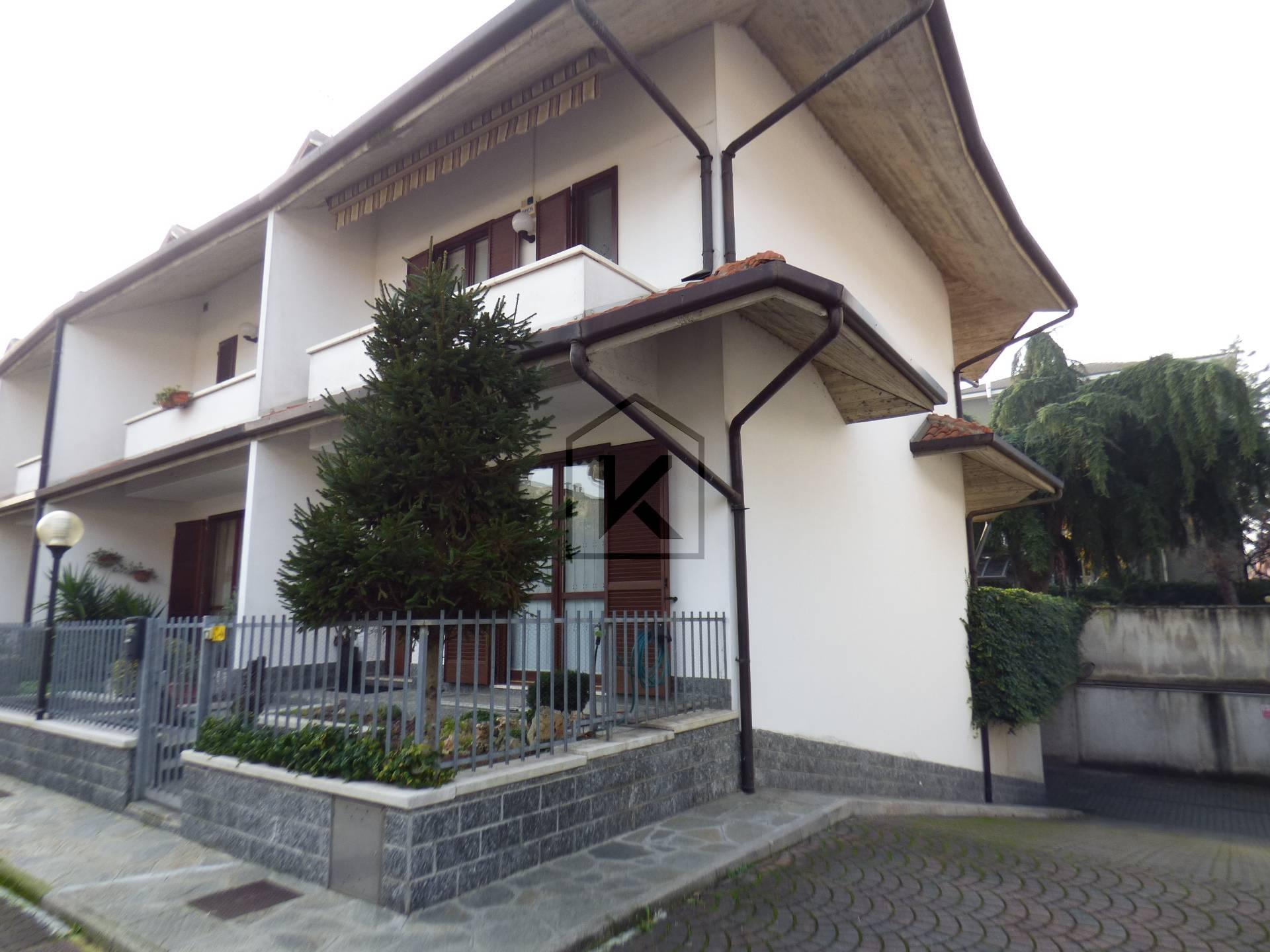 Villetta in Vendita a Rho:  5 locali, 200 mq  - Foto 1