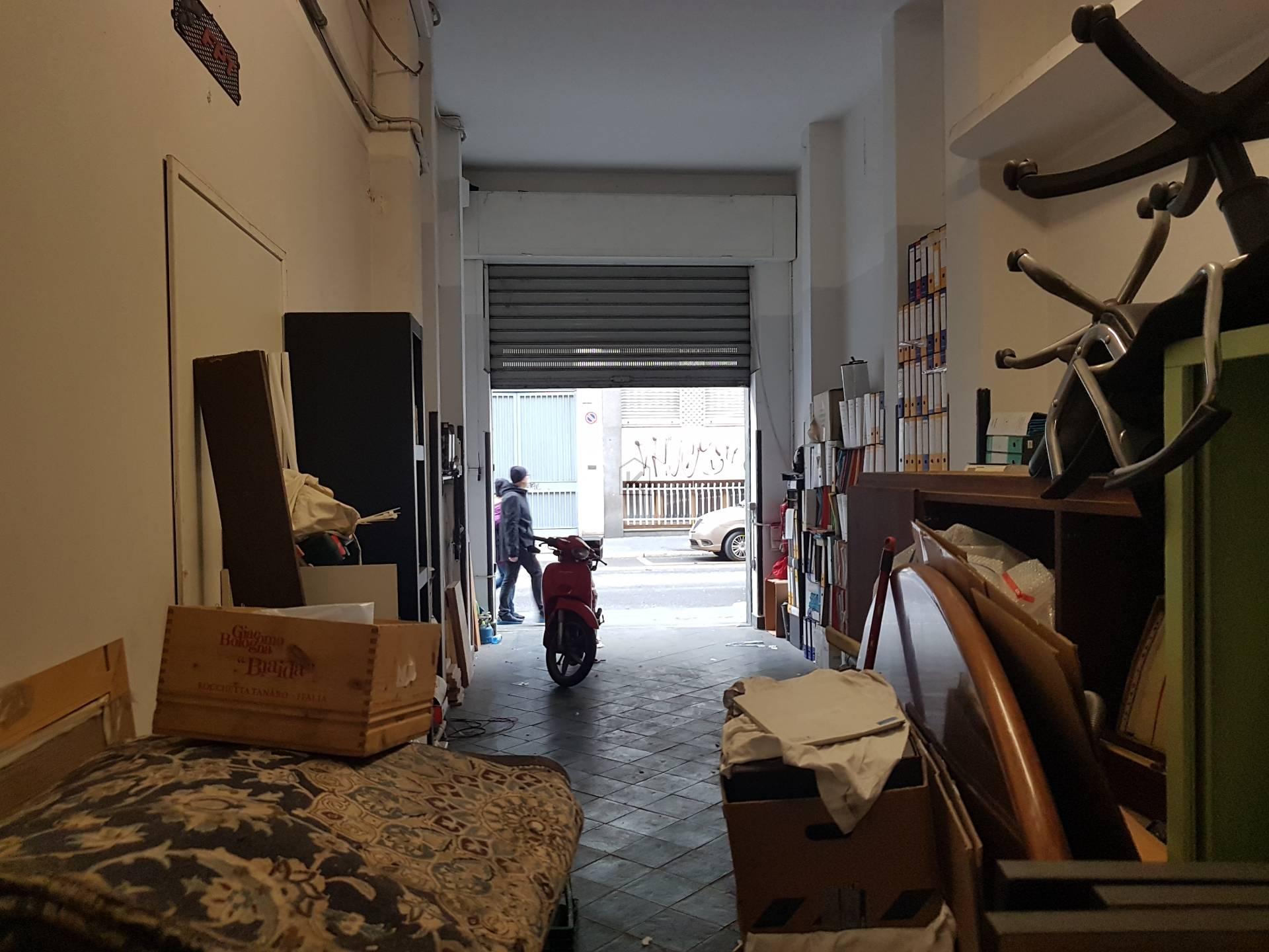 Posto-box auto in Affitto a Milano 03 Venezia / Piave / Buenos Aires: 1 locali, 60 mq