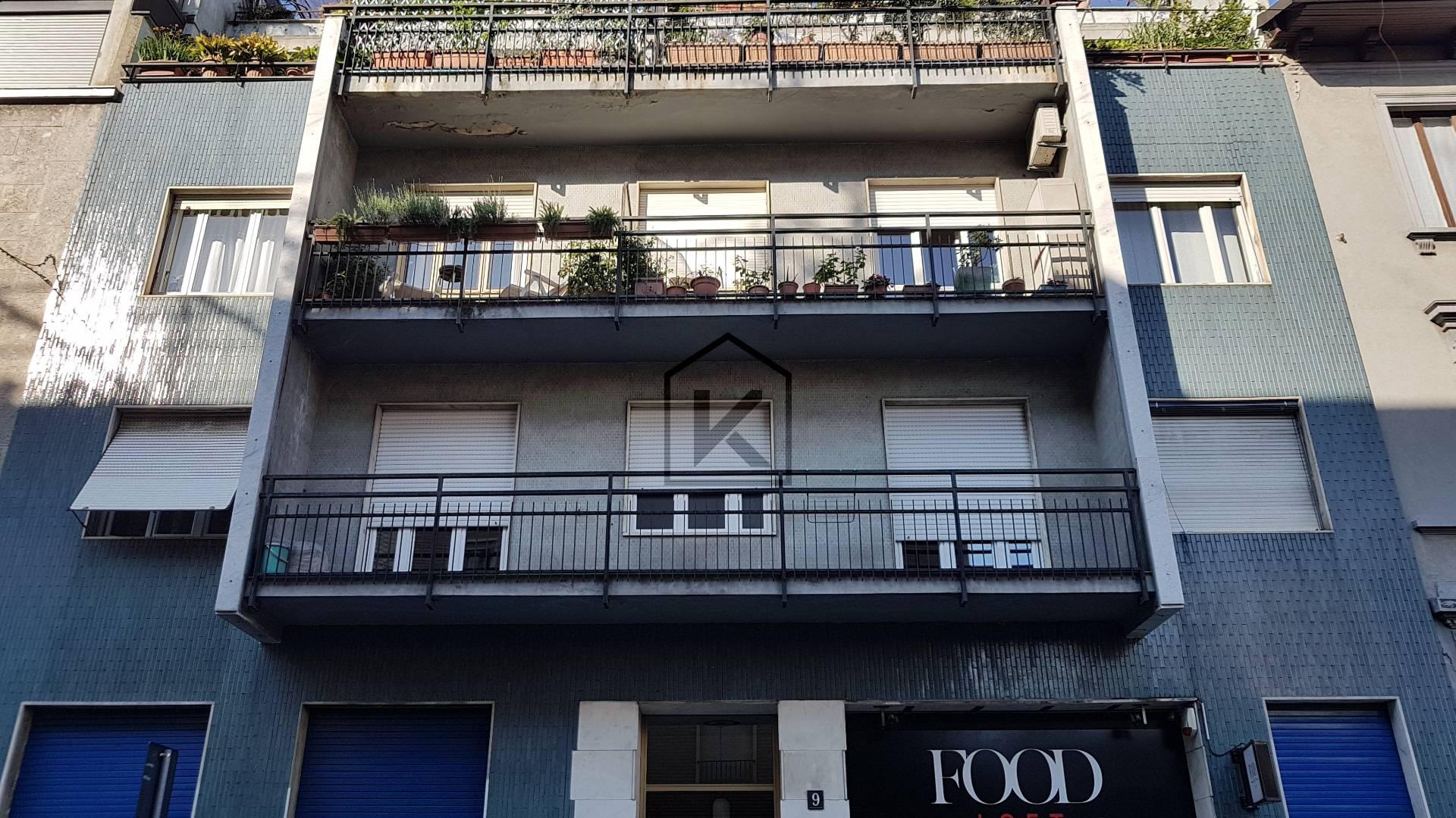 Appartamento in Vendita a Milano 09 Ceresio / Procaccini / Foro Bonaparte: 3 locali, 100 mq