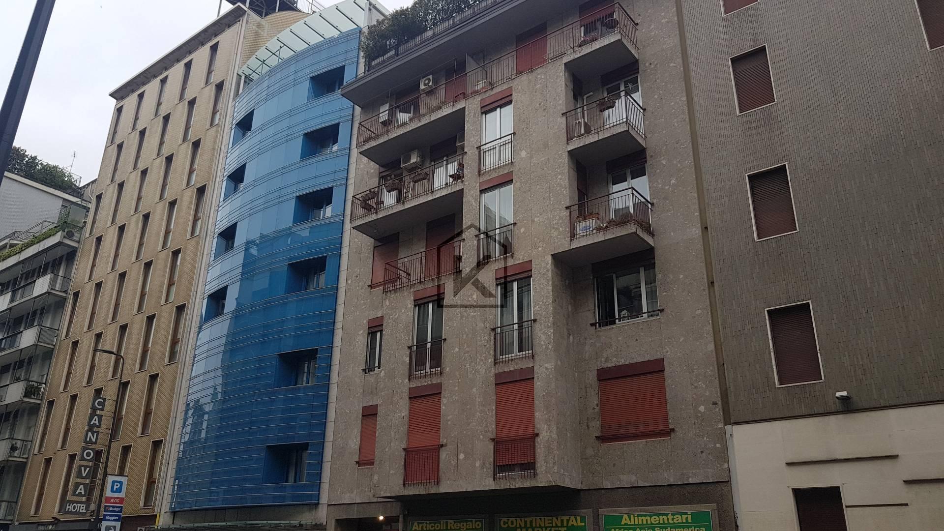 Appartamento in Affitto a Milano: 2 locali, 73 mq