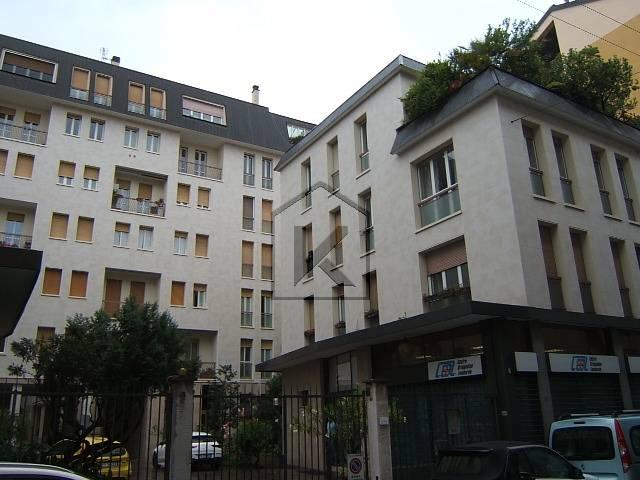 Ufficio-studio in Affitto a Milano:  2 locali, 60 mq  - Foto 1