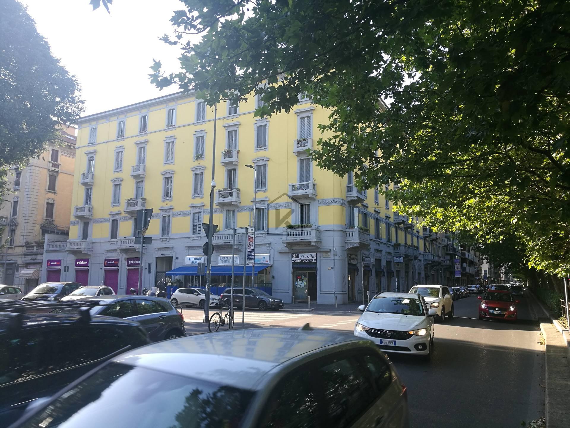 Negozio-locale in Vendita a Milano: 2 locali, 55 mq