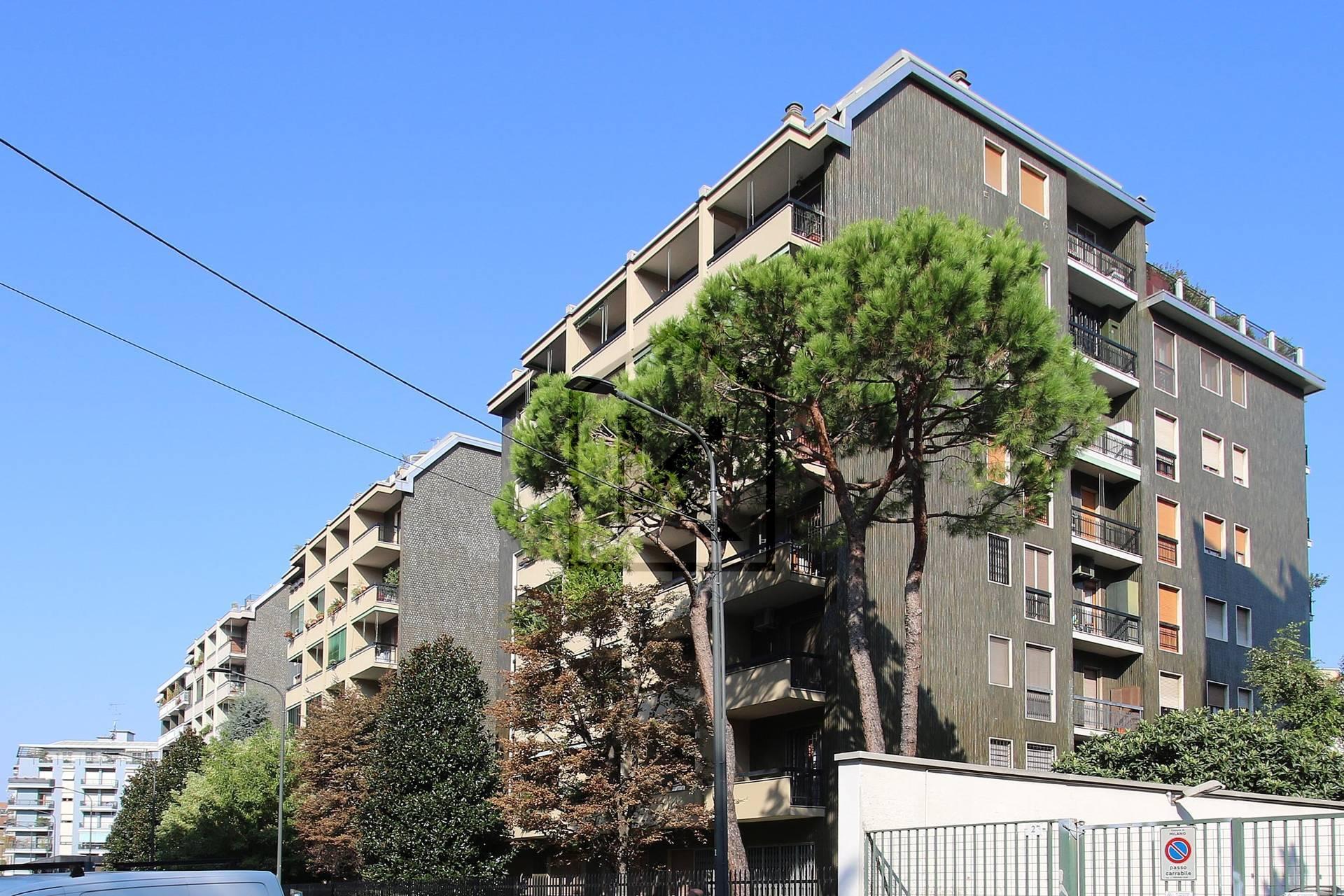 Appartamento in Vendita a Milano 10 Isola / Centrale / Gioia: 5 locali, 235 mq