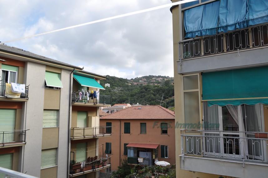 Bilocale Finale Ligure Via Brunenghi 8