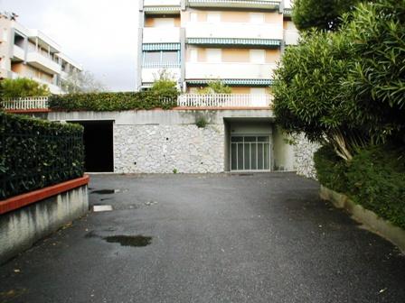 Magazzino in Vendita a Loano