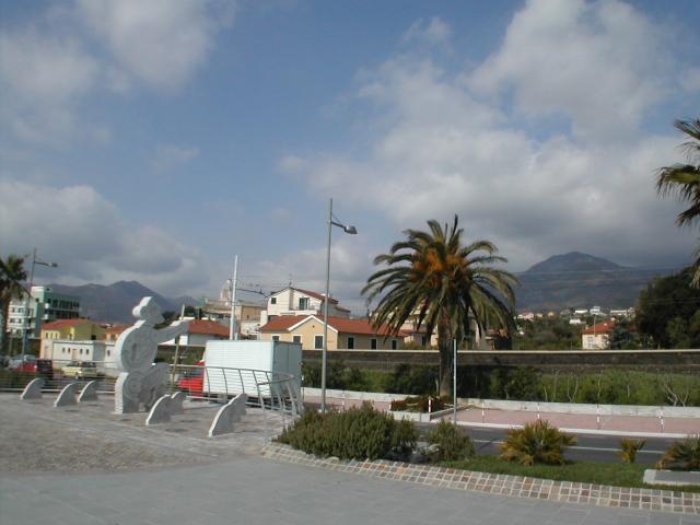 Bilocale Loano Via Vignasse 5