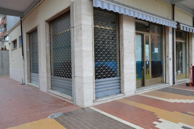 Albergo in vendita a Loano, 9999 locali, prezzo € 195.000 | Cambio Casa.it