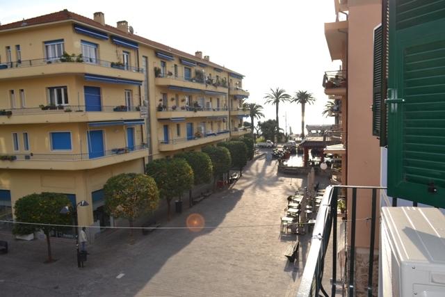 Bilocale Pietra Ligure Via Matteotti 9
