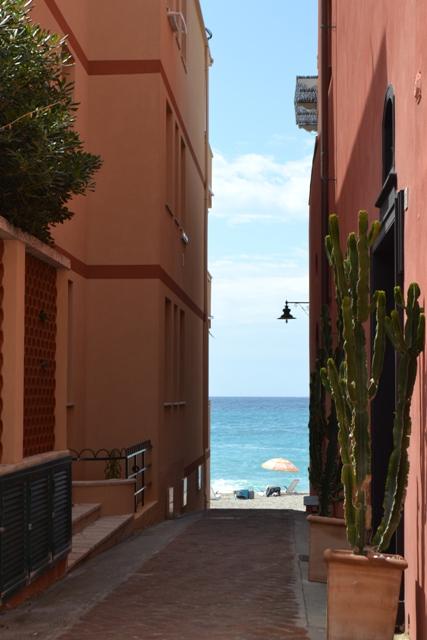 Appartamento in vendita a Finale Ligure, 4 locali, zona Zona: Varigotti, prezzo € 500.000 | Cambio Casa.it