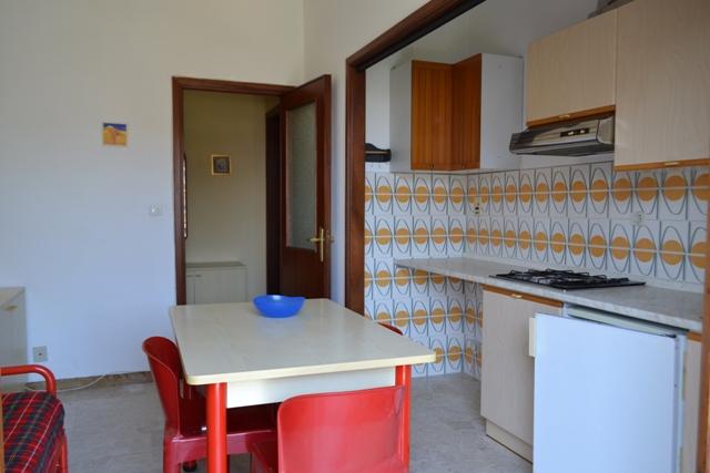 Bilocale Pietra Ligure Via Milano 8