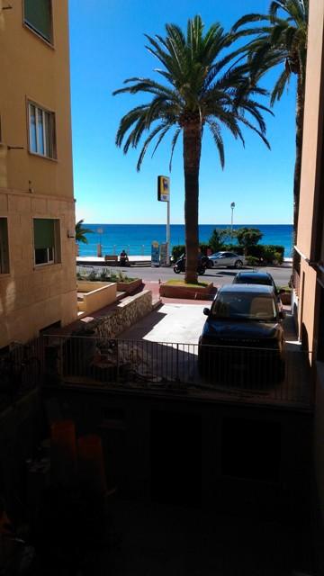 Appartamento in vendita a Finale Ligure, 4 locali, prezzo € 425.000 | Cambio Casa.it