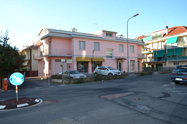 Bilocale Loano Via Guido Gozzano 1