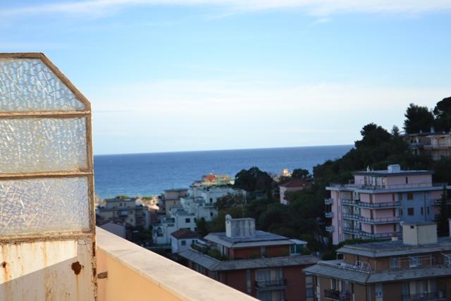 Appartamento in vendita a Borghetto Santo Spirito, 3 locali, prezzo € 220.000 | Cambio Casa.it