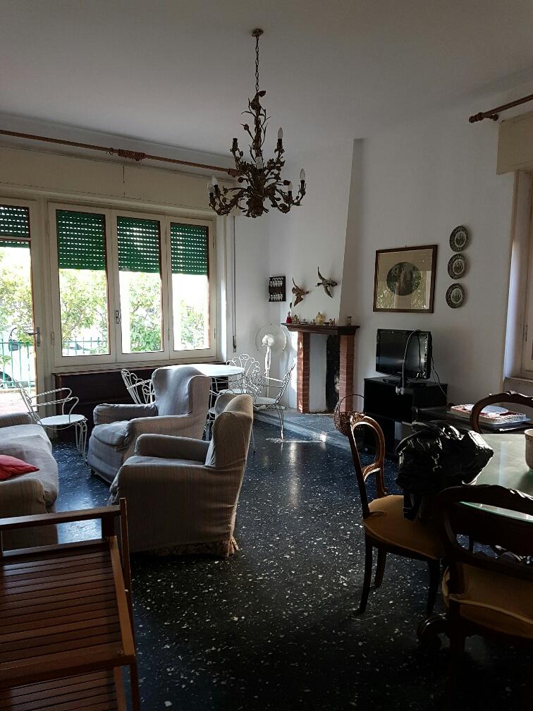 Soluzione Indipendente in affitto a Viareggio, 7 locali, zona Località: DonBosco, prezzo € 1.100 | Cambio Casa.it