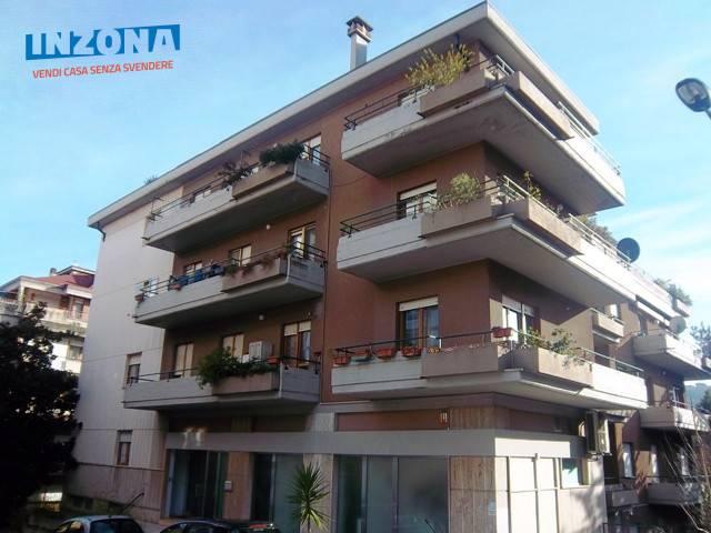 Ufficio / Studio in affitto a Teramo, 9999 locali, zona Zona: Semicentro , prezzo € 400 | Cambio Casa.it