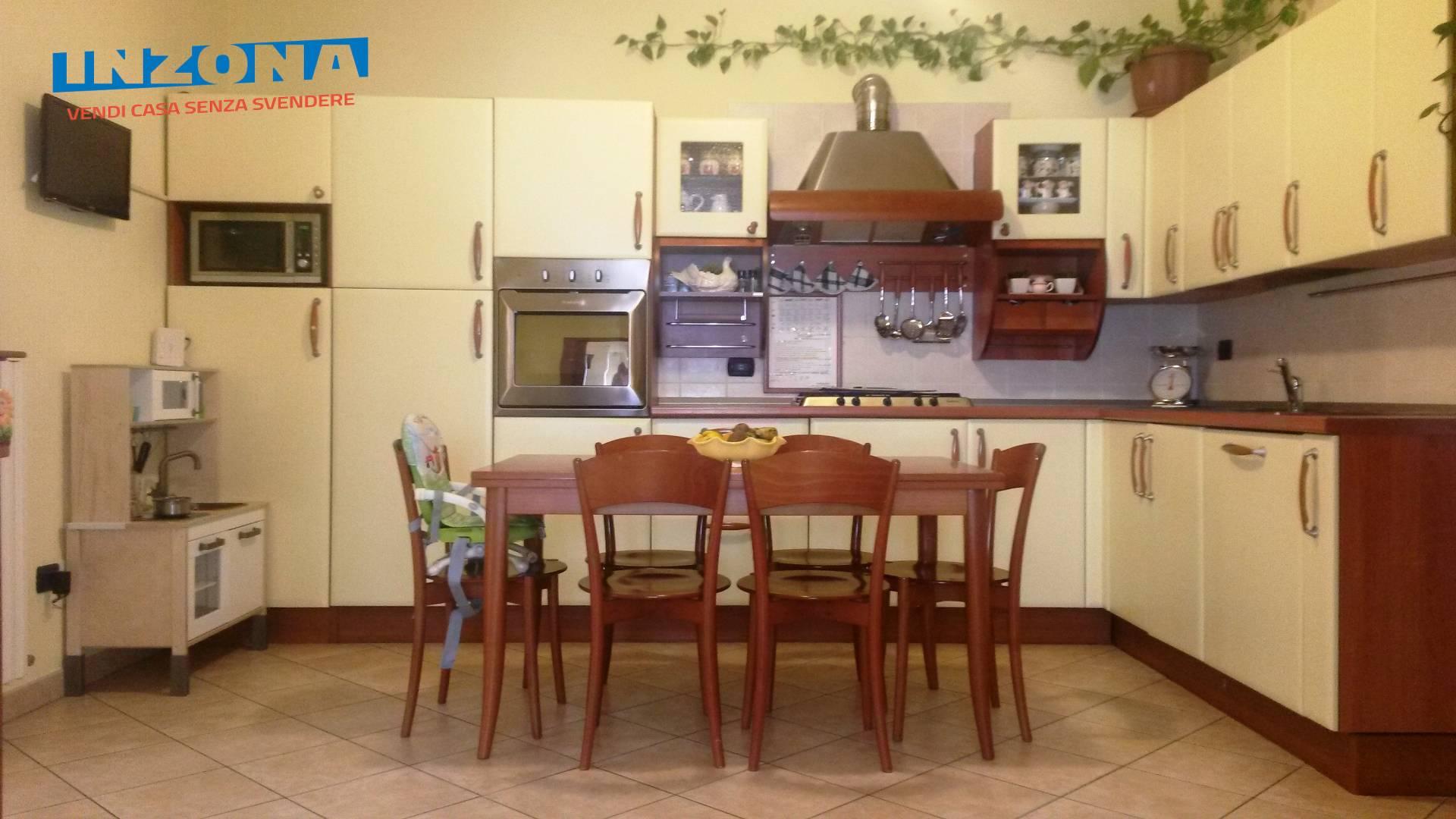 Appartamento in vendita a Teramo, 4 locali, zona Località: VillaGesso, prezzo € 95.000   Cambio Casa.it