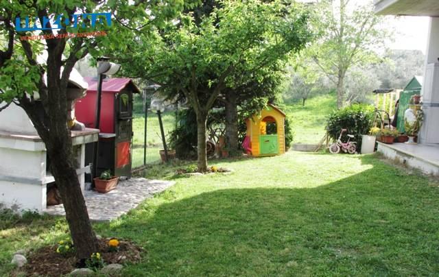 Appartamento in vendita a Teramo, 4 locali, zona Zona: Semicentro , prezzo € 119.000   Cambio Casa.it