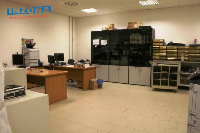Negozio / Locale in vendita a Teramo, 9999 locali, zona Zona: Semicentro , prezzo € 85.000 | Cambio Casa.it