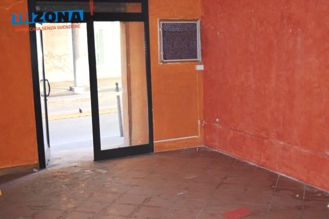 Negozio / Locale in vendita a Teramo, 9999 locali, zona Zona: Centro , prezzo € 35.000 | CambioCasa.it