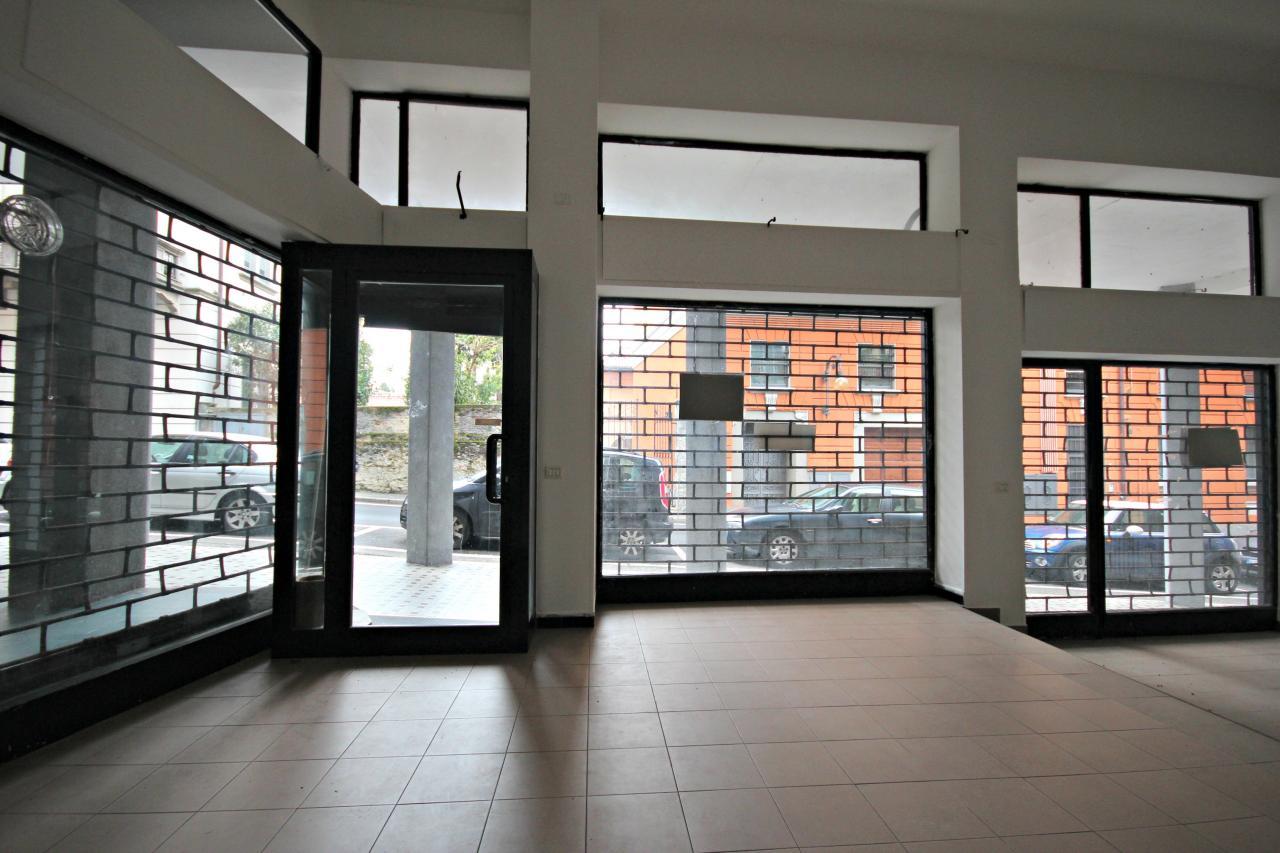 Altro in affitto a Verbania, 9999 locali, zona Zona: Pallanza, prezzo € 600 | Cambio Casa.it