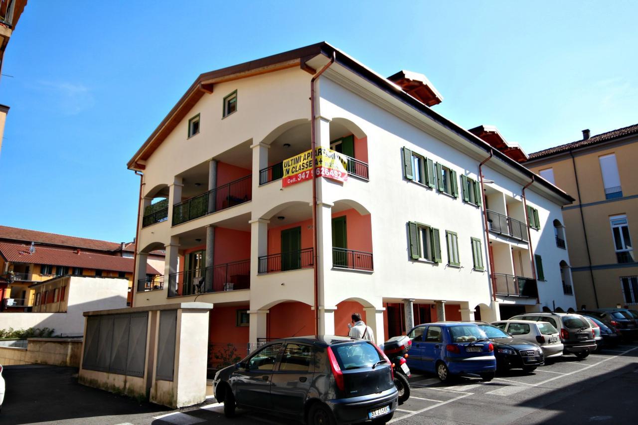 Appartamento in vendita a Verbania, 2 locali, zona Zona: Pallanza, prezzo € 110.000   CambioCasa.it