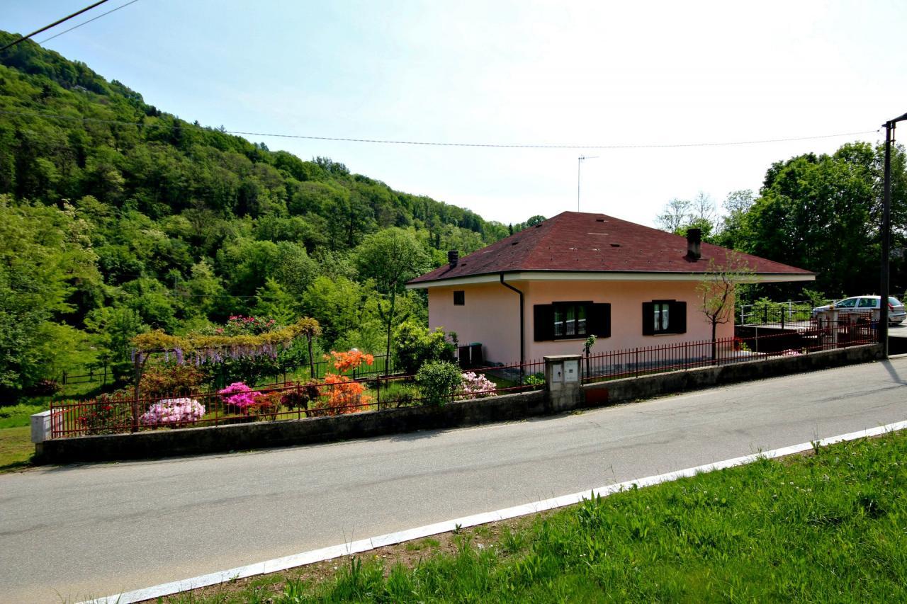 Soluzione Indipendente in vendita a Vignone, 5 locali, Trattative riservate | CambioCasa.it