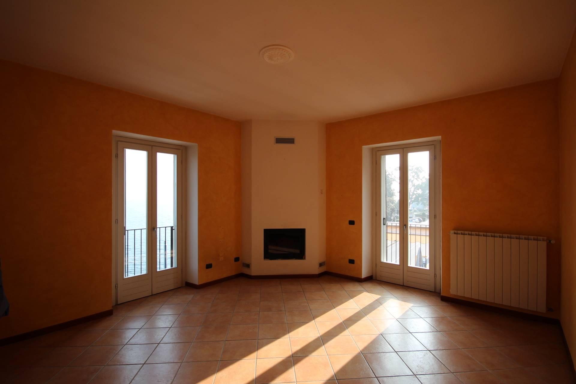Appartamento in Vendita a Ghiffa