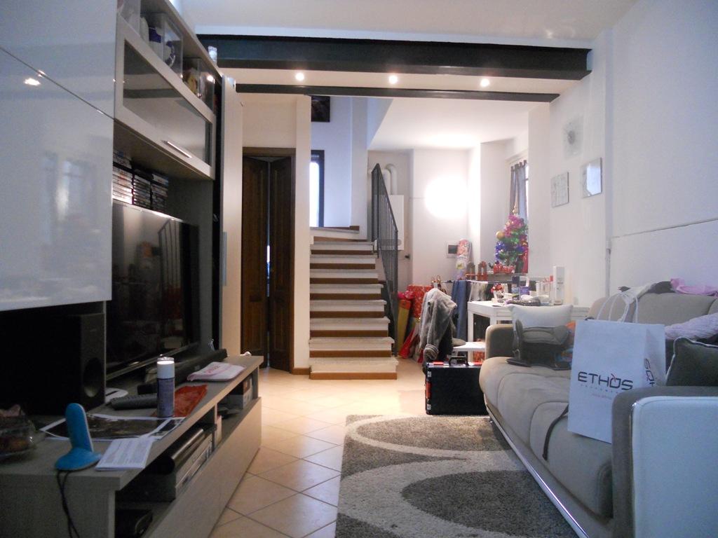 Soluzione Indipendente in vendita a Vignone, 3 locali, prezzo € 158.000 | CambioCasa.it