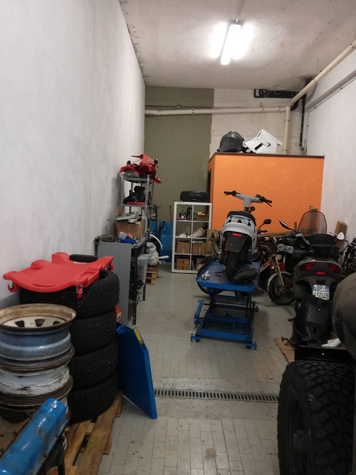 Negozio / Locale in vendita a Verbania, 9999 locali, zona Zona: Intra, prezzo € 50.000 | CambioCasa.it