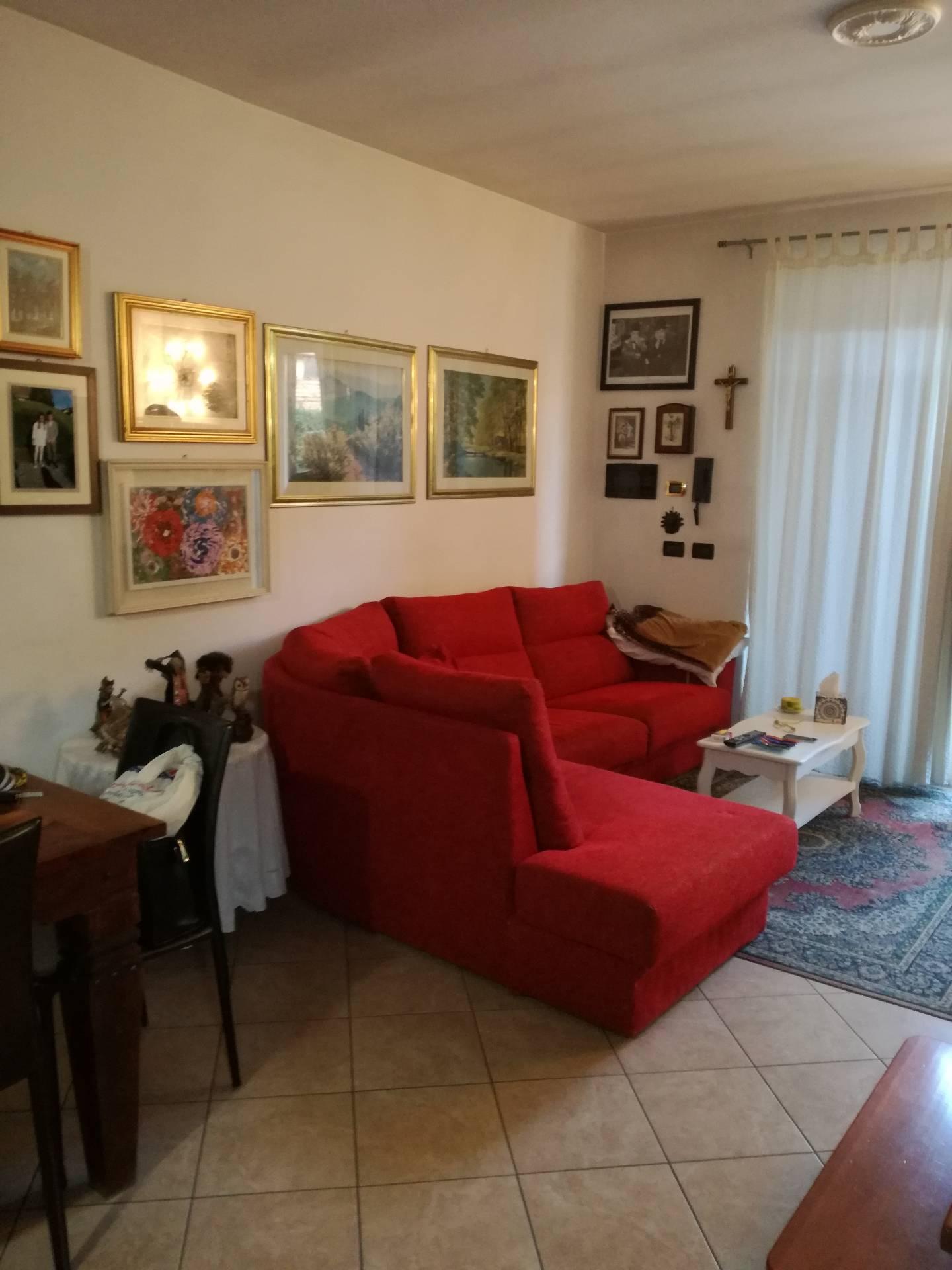 Appartamento in affitto a Gravellona Toce, 2 locali, prezzo € 600 | CambioCasa.it