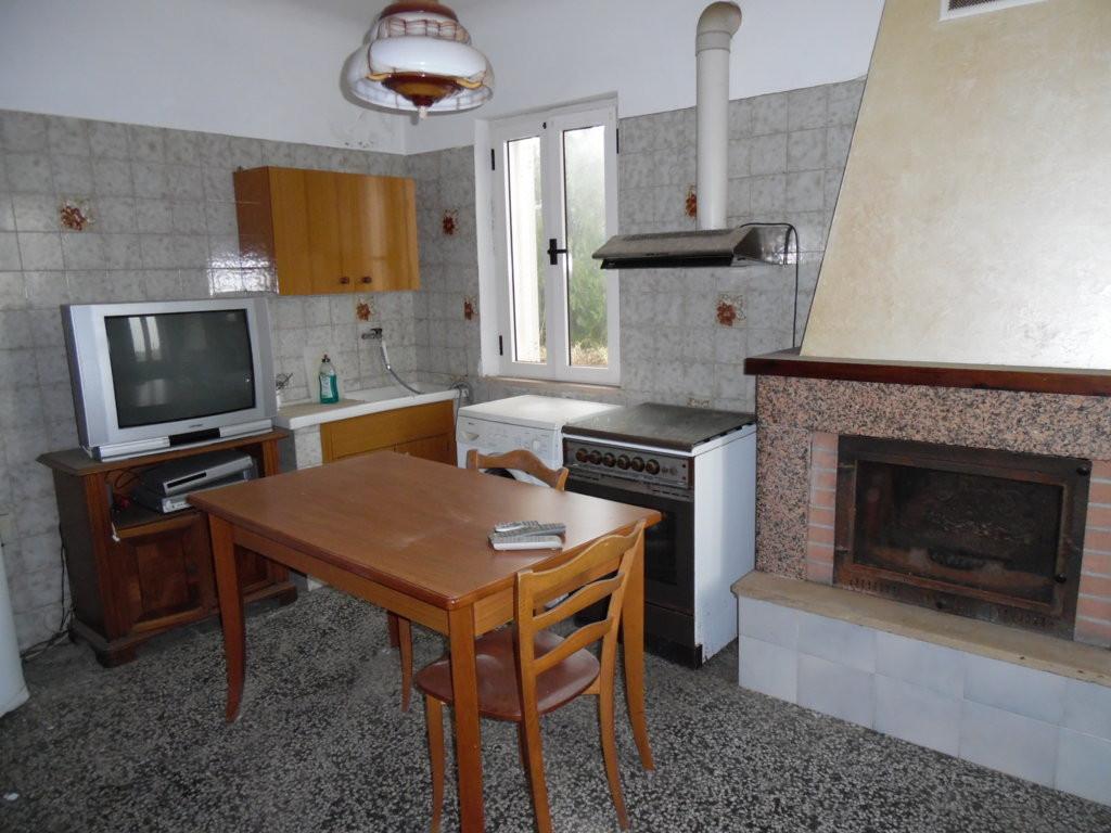 Soluzione Indipendente in vendita a Monteprandone, 4 locali, zona Località: Collinare, prezzo € 60.000   Cambio Casa.it