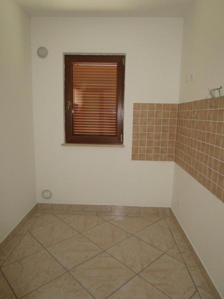 Appartamento in vendita a Colonnella, 3 locali, prezzo € 130.000 | Cambio Casa.it