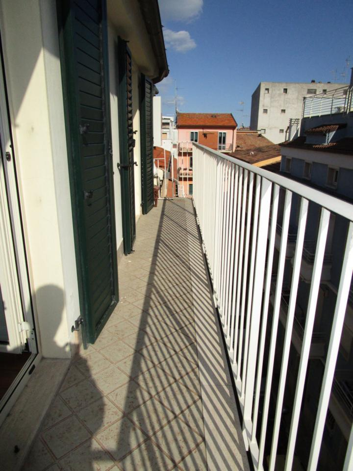 Bilocale San Benedetto del Tronto Via Roma 10