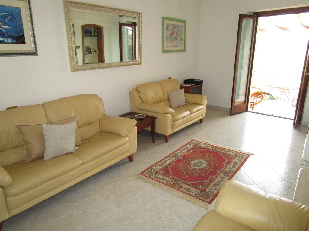 Soluzione Indipendente in vendita a Monteprandone, 4 locali, zona Località: Collinare, prezzo € 170.000   Cambio Casa.it